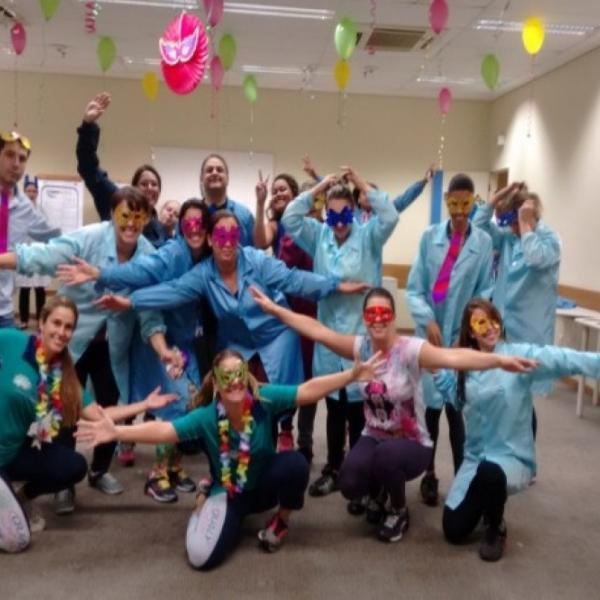 Empresa de Hortolândia e Qualy Sessa fazem evento pré-Carnaval