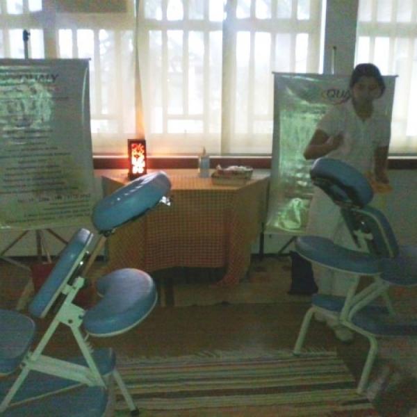 Qualy Sessa realiza cerca de 100 atendimentos de Quick Massage na FEAC – Campinas/SP